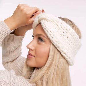 🆕COACH Cream Headband/Ear-warmer